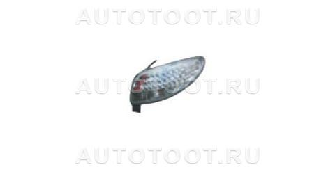 Фонарь задний правый (прозрачный, с диодным габаритом) Peugeot 206 1998-2003 год / I