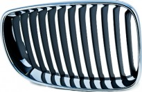Решетка радиатора правая (темно-серая) BMW 1SERIES 2006-2011 год / Е87