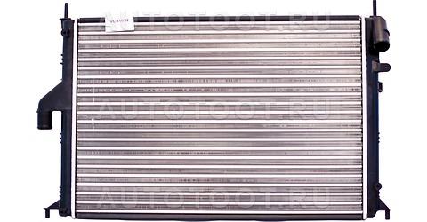 Радиатор охлаждения (с кондиционером) Renault Duster 2010-2014 год / I