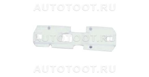 Уплотнитель переднего бампера левый Peugeot 406 1995-1999 год / I