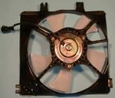 Диффузор радиатора кондиционера в сборе (рамка+мотор+вентилятор, 4 цилиндра)  MAZDA CRONOS 1991-1996 год / GE