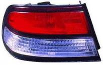 Фонарь задний (красно-белый) NISSAN CEFIRO 1994-1998 год / A32