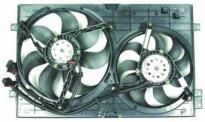 Диффузор радиатора охлаждения в сборе (рамка+мотор+вентилятор, двухвентиляционный, с кондиционером)  VOLKSWAGEN GOLF 1997-2003 год / IV
