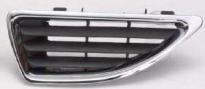 Решетка радиатора левая (с хромированным молдингом) RENAULT MEGANE 1999-2002 год / I