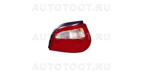 Фонарь задний правый (хэтчбэк) Renault Megane 1999-2002 год / I