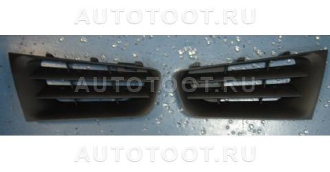 Решетка радиатора левая+правая (комплект) Renault Megane 2006-2009 год / II
