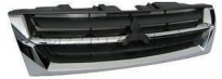 Решетка радиатора  (черная, с хромированным молдингом) MITSUBISHI PAJERO  1999-2003 год / V6, V7