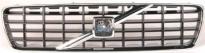 Решетка радиатора (серая, хромированная)  VOLVO S60  2000-2004 год / I